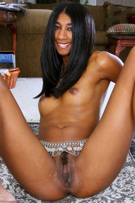 Erotic beauties nude women in photos and videos jpg 1024x1536